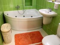 Практичные решения для маленьких ванных комнат
